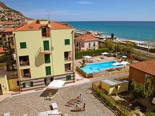1 bedroom Apartment in Borgio, Liguria, Italy : ref 5553107