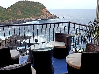 2 Bedroom Oceanfront in Puerto Angel