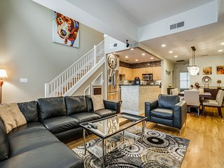 Executive Fully Furnished Condo in Addison