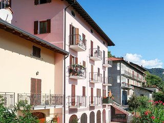 3 bedroom Apartment in Stazzona, Lombardy, Italy - 5436960