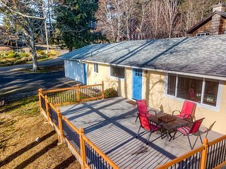 LONELY LLAMA RANCH - Newly remodeled bright and cheery ranch style home.