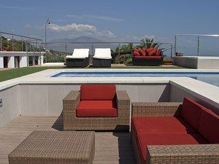 Manilva Villa Sleeps 16 with Pool Air Con and WiFi - 5700430