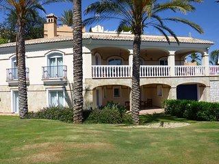 4 bedroom Villa in Mijas, Andalusia, Spain - 5700407
