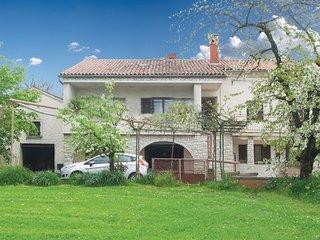 2 bedroom Apartment in Filipana, Istarska Županija, Croatia - 5625600