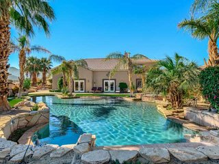 New Listing! Backyard Oasis! Walk-in Pool/Spa-Casita-walk to Indian Springs Golf