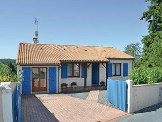 2 bedroom Villa in Mervent, Pays de la Loire, France - 5565804