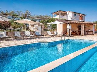2 bedroom Apartment in Brnobići, Istria, Croatia - 5714666