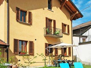 2 bedroom Villa in Trarego, Piedmont, Italy - 5702443
