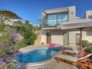 3 bedroom Villa with Pool, Air Con and WiFi - 5700477