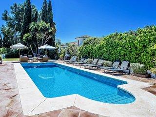 5 bedroom Villa in Marbella, Andalusia, Spain - 5700495