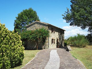 2 bedroom Villa in Micciano, Tuscany, Italy - 5446508