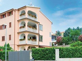 3 bedroom Apartment in Paganor, , Croatia - 5692807