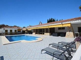 4 bedroom Villa in Fuengirola, Andalusia, Spain - 5700464
