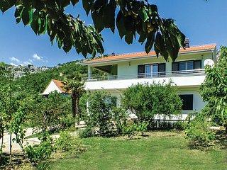 3 bedroom Apartment in Sestanovac, Croatia - 5576668