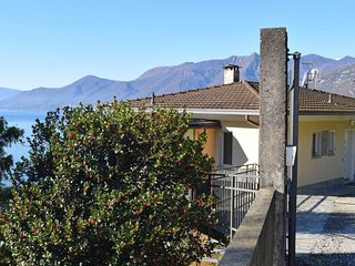 1 bedroom Apartment in Colmegna, Lombardy, Italy - 5691647