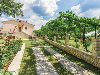 2 bedroom Apartment in Burici, Istria, Croatia - 5714671