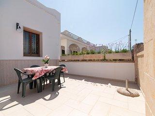 2 bedroom Villa in Posto Rosso, Apulia, Italy : ref 5343914