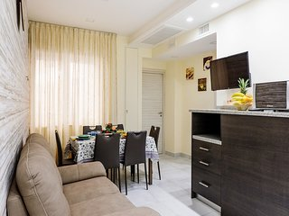 2 bedroom Apartment with Air Con and WiFi - 5737709