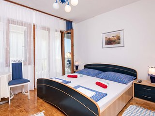 Room with private bathroom and terrace #1(OBMA)