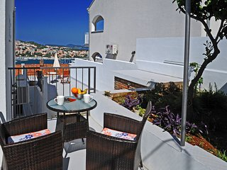 Nika Family Apartments - Superior Studio Apartment with Terrace and Sea View