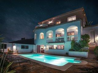 Luxurious modern villa with big pool and stunning sea views.