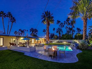 Classic Palm Springs House w/ Mountain-View Pool
