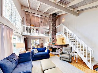 Beautifully Renovated - New Seabury Contemporary Charmer