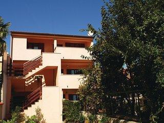 2 bedroom Apartment in Pula, Istarska Županija, Croatia - 5520658