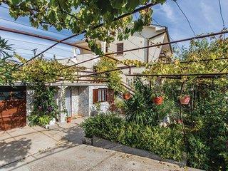 3 bedroom Apartment in Sužan, Primorsko-Goranska Županija, Croatia - 5521229