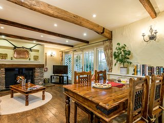 Aish Cross Holiday Cottages -The Hayloft