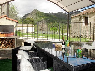 3 bedroom Apartment in Ghisoni, Corsica Region, France - 5714915