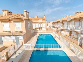 1 bedroom Villa with Pool, Air Con and Walk to Beach & Shops - 5634114