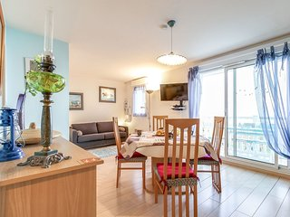 2 bedroom Apartment in Blonville-sur-Mer, Normandy, France - 5519127