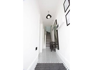 37 channell road · ★Creative Liverpool escape ★ parking ★ by centre★