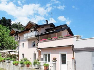 2 bedroom Apartment in Caldonazzo, Trentino-Alto Adige, Italy - 5719467