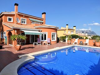 3 bedroom Villa with Pool, Air Con and WiFi - 5700566