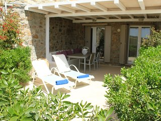 1 bdrm apartment w/ shared pool - Live&Travel Greece