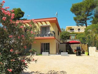 2 bedroom Apartment in Les Barles, Provence-Alpes-Côte d'Azur, France - 5715070
