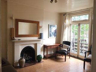 2 bedroom apartment for short term/vacation rental in Earls Court / Kensington