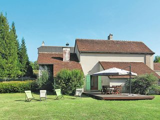 3 bedroom Villa in Saint-Romain-sur-Cher, Centre, France - 5441023