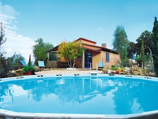 Ferienhaus mit Pool (SSO205)