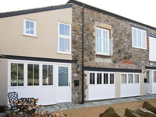 Elegant and Modern Coach House, Clevedon