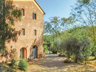 2 bedroom Villa in Alica, Tuscany, Italy - 5689185