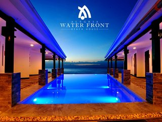 Alegria Water Front Beach House- Pool View