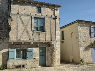 2 bedroom Villa in Montjoi, Occitanie, France - 5532353