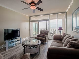 Gorgeous Gulf Views with Floor-to Ceiling Windows & Private Balconies