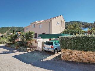 3 bedroom Apartment in Račišće, Croatia - 5532436