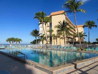 Leonardo Arms 302 - WiFi, Resort Pool & Beach Access