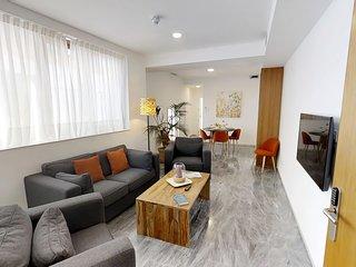 Sevilla Luxury Rentals - Horno Santa Cruz X