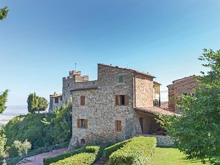 4 bedroom Apartment in Orciatico, Tuscany, Italy - 5566894